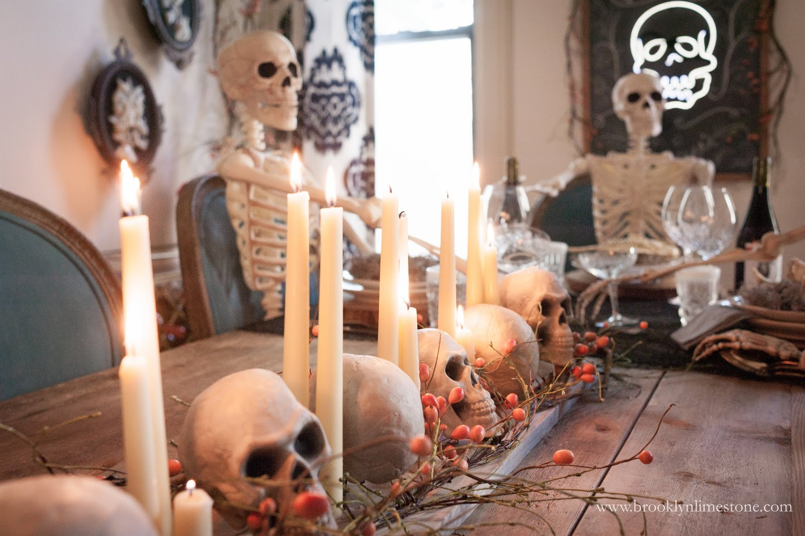 dead dinner party